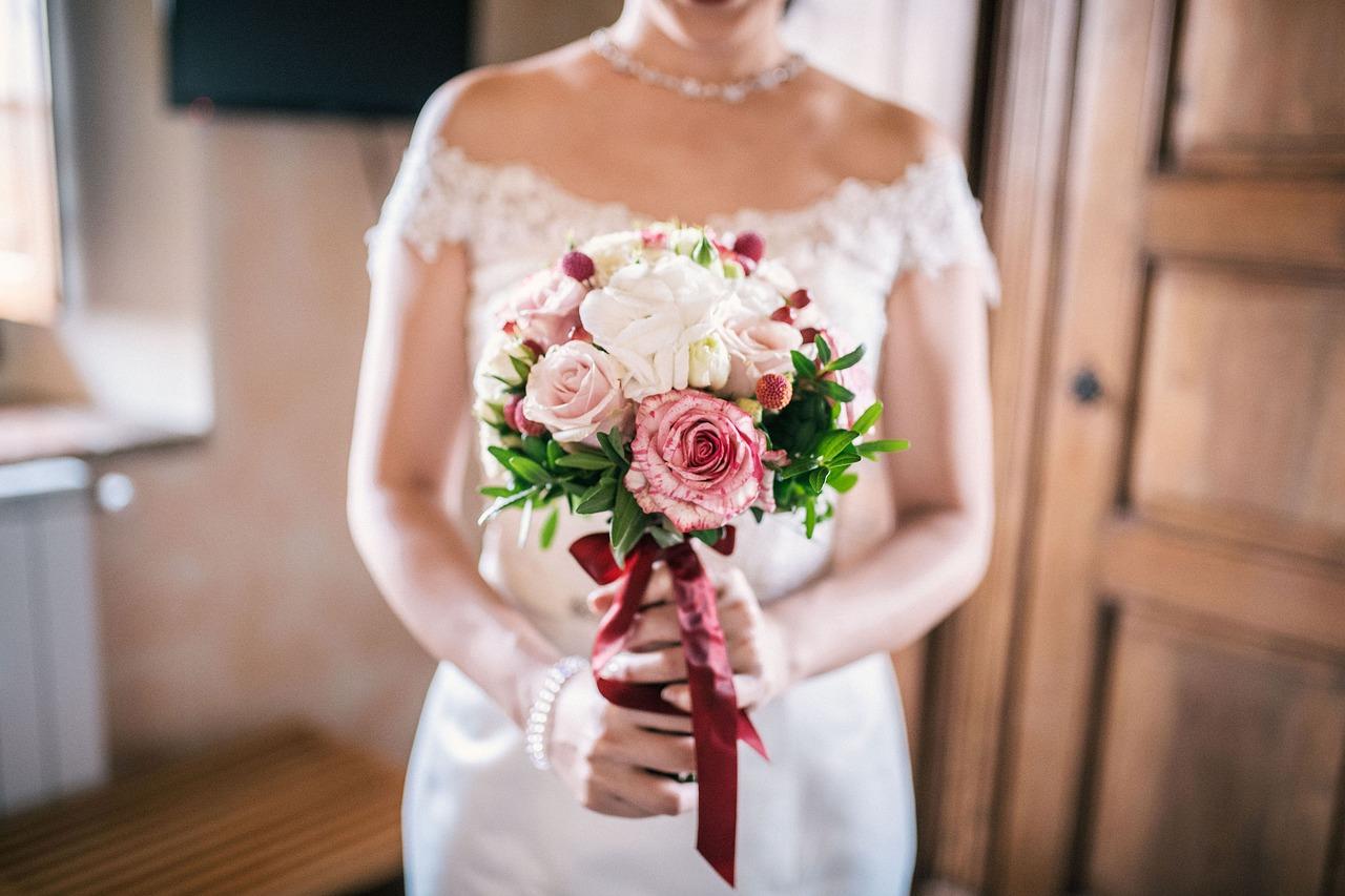 bridal-bouquet-3960220_1280